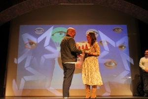 El premio al Mejor Grupo en el  Certamen Nacional de Teatro Aficionado de Valdemorillo viaja a Bilbao por la gran actuación de 7 Grados