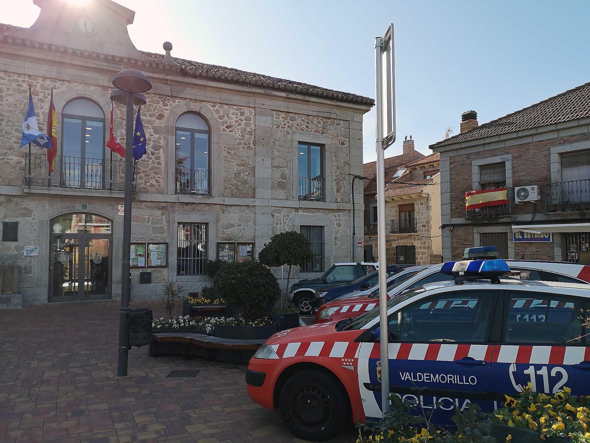 Ya en tramitación la adquisición de nuevos vehículos para la Policía Local  gracias a uno de los principales acuerdos con los que la Junta de Gobierno de Valdemorillo despide año