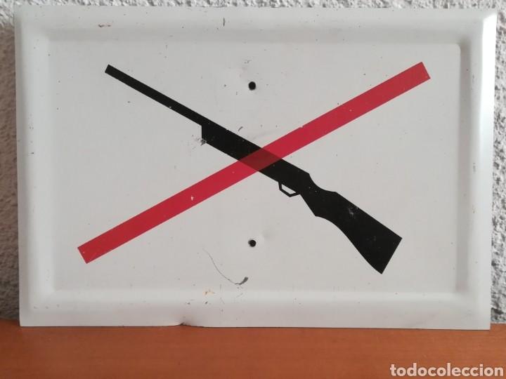 La Concejalía de Seguridad recuerda la  prohibición de portar armas en la vía pública advirtiendo de las sanciones correspondientes  a quienes hagan uso de carabinas de aire comprimido en las calles como se ha detectado en los últimos días
