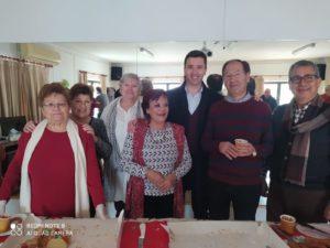 El gobierno municipal estrena agenda este 2020 junto a los mayores  para saborear el tradicional Roscón de Reyes  en el Hogar que recibe el año dispuesto a seguir llenándolo de actividades  para los vecinos de más edad