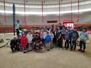 Más de 250 niños disfrutaron a lo grande  del tenis en la Plaza de Toros de Valdemorillo