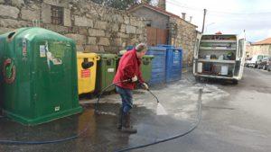Importante llamada a la colaboración vecinal en Valdemorillo para evitar  se depositen bolsas fuera de los contenedores