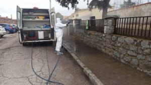 Emocionante agradecimiento de los vecinos de Valdemorillo a los equipos de limpieza municipales