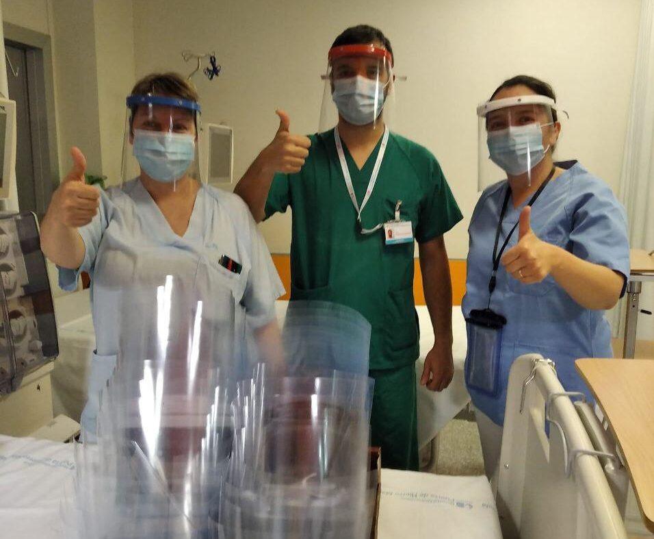 Las mascarillas fabricadas en Valdemorillo llegan a las urgencias del Hospital Puerta de Hierro
