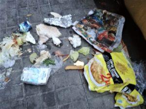 """La Concejalía de Limpieza y Medio Ambiente de Valdemorillo recalca la importancia de mantener una conducta responsable por parte de todos,  """"y evitar actos vandálicos como los que aún detectamos en algunos puntos de recogida de residuos pese a la actual situación de emergencia sanitaria"""""""