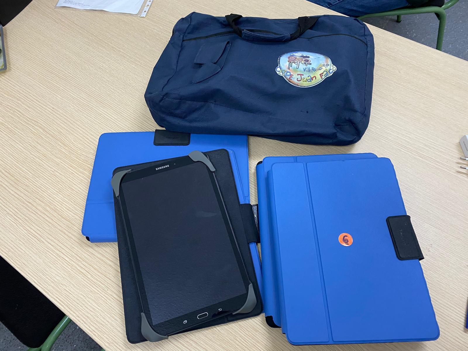 Tablets y tarjetas SIM para asegurar  el aprendizaje a los estudiantes de Valdemorillo que no disponen de dispositivos ni de internet