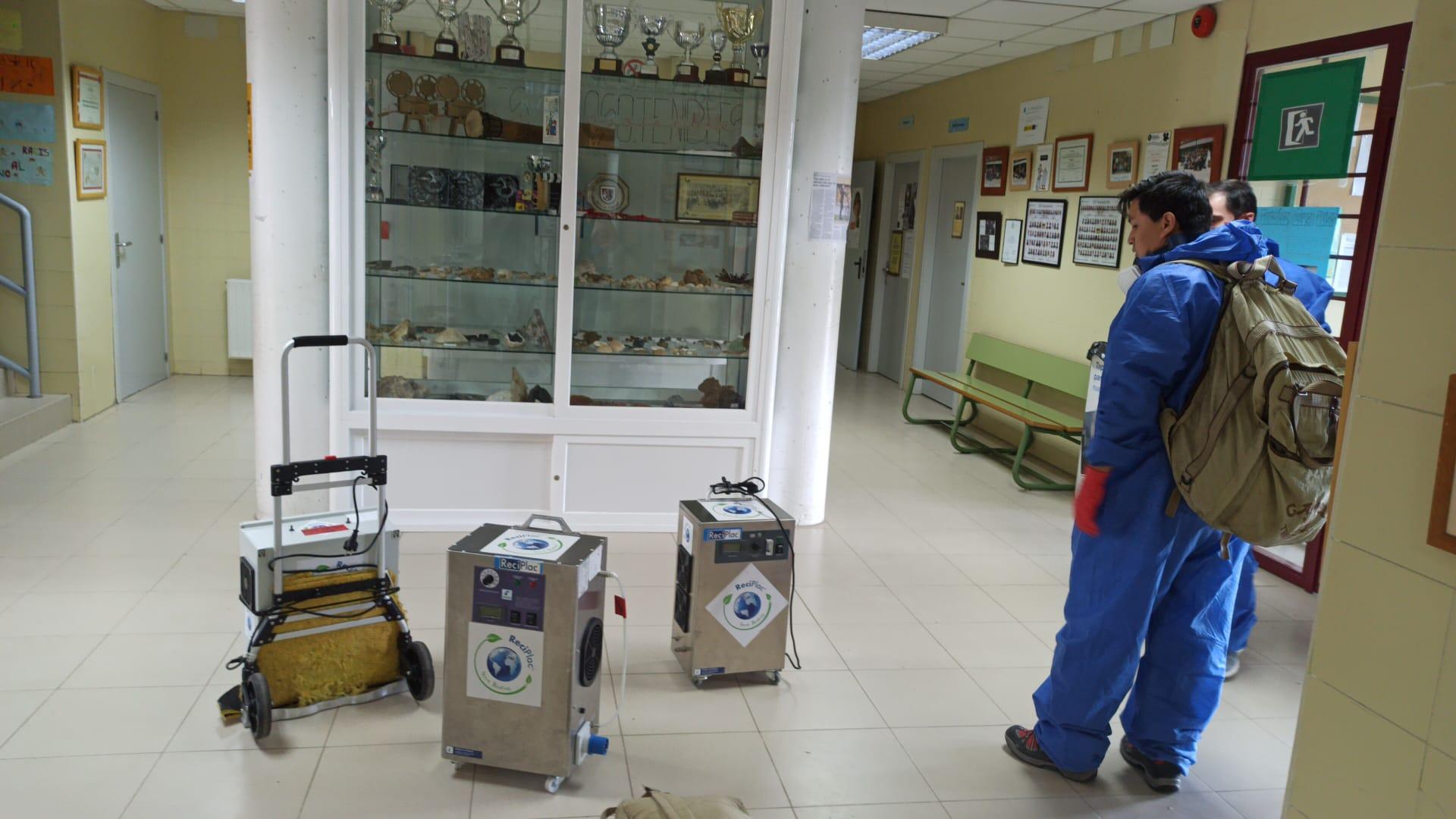 Completada la limpieza y desinfección por ozono  de todas las dependencias municipales  y centros educativos de Valdemorillo