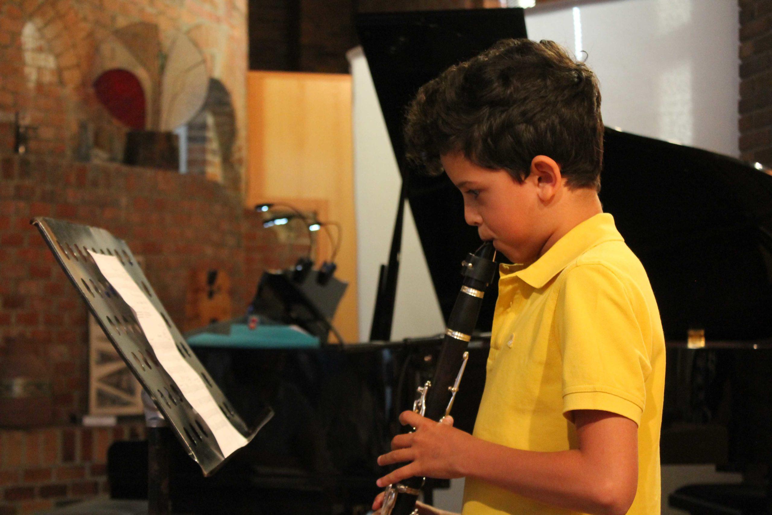 El nuevo curso llega ya a las aulas de  música y danza de Valdemorillo combinando las clases on line con las presenciales
