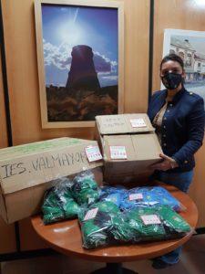 El Ayuntamiento entrega mascarillas de seguridad  a todos los niños y jóvenes de  entre 6 y 18 años empadronados en Valdemorillo