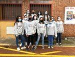 Gran implicación de los jóvenes de Valdemorillo  en la campaña 'Protégete, protégenos'  sumando más de 60 voluntarios entre los alumnos del colegio y del instituto que, junto a los miembros de Protección Civil,  se esfuerzan cada día en informar y sensibilizar  sobre la importancia de respetar las medidas preventivas  frente al COVID-19