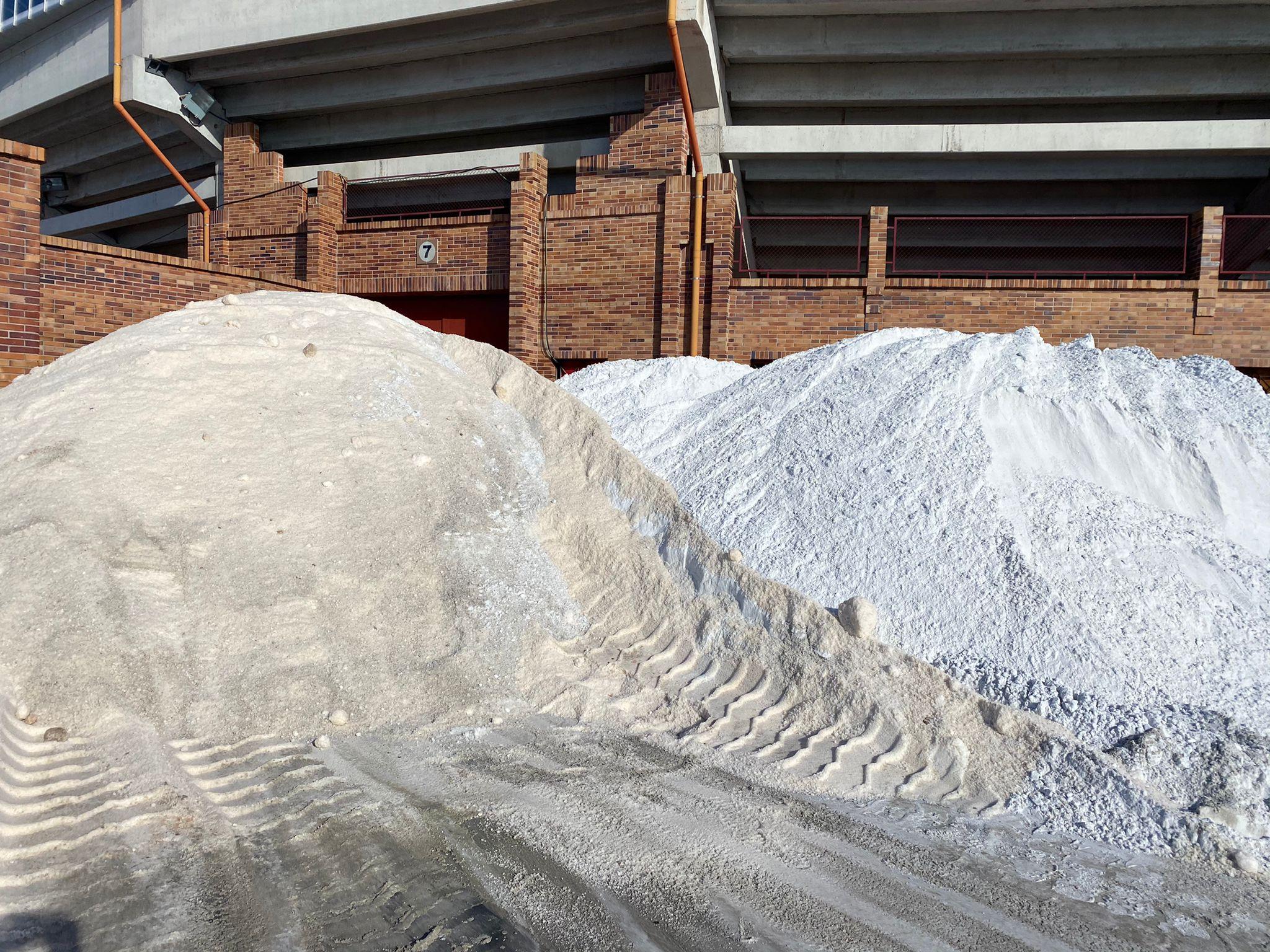 Este sábado continúa la entrega de sal a los vecinos