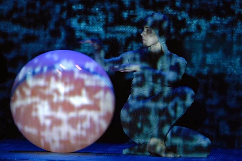 La danza contemporánea coge AIRE en Valdemorillo  con la innovadora puesta en escena que Larumbe  lleva a las tablas de la Giralt Laporta este sábado 27 de febrero