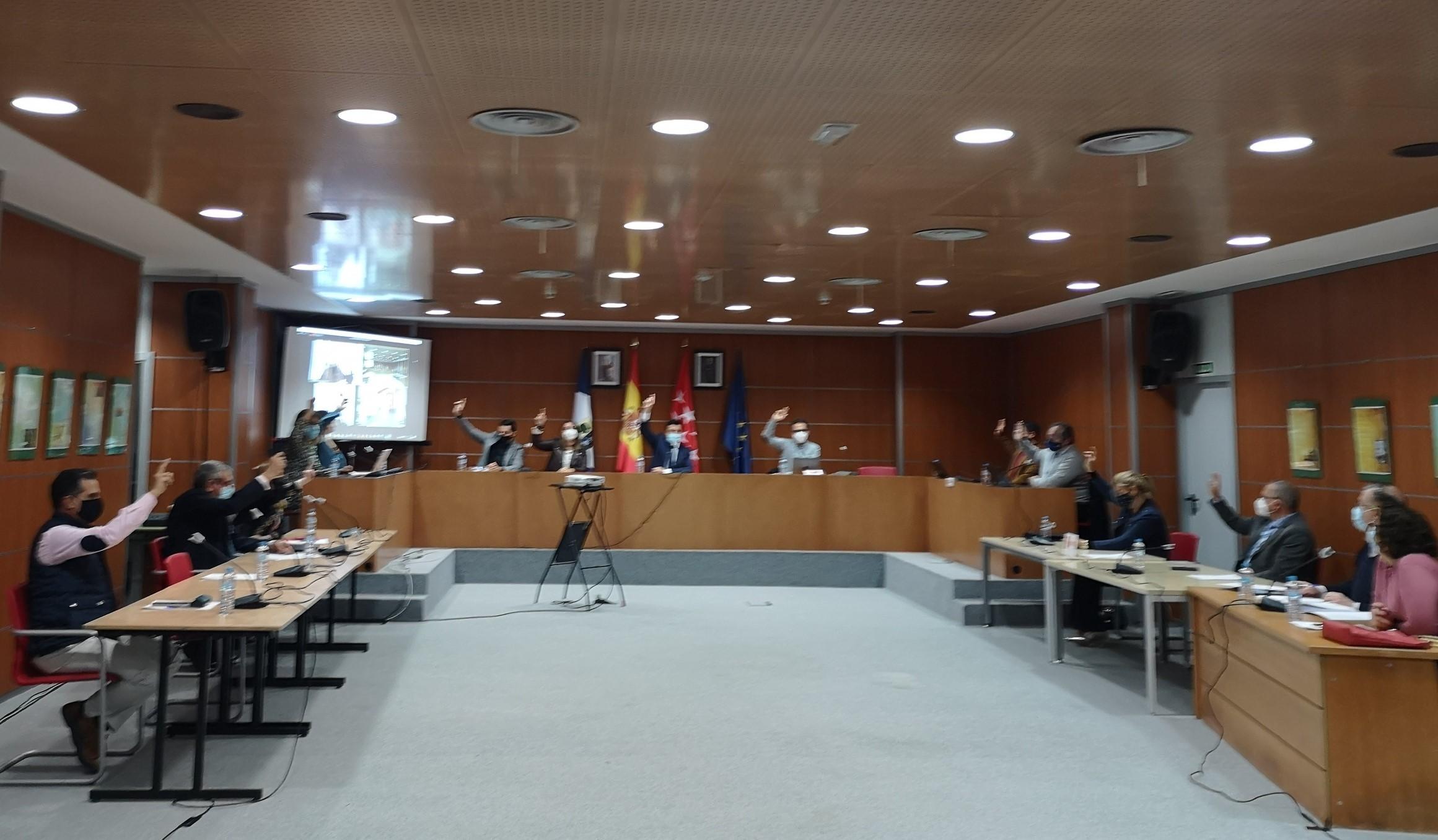 Pleno extraordinario en Valdemorillo en el día de la Patrona  para agilizar la concesión de ayudas  a autónomos y microempresas con las que paliar el impacto económico que causa la pandemia