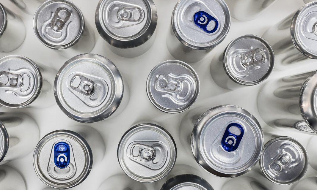 """Valdemorillo llama a todos sus vecinos, comercios y demás establecimientos a participar ya en el """"formidable"""" reto de las 6.000 latas, el proyecto colaborativo que une a todo un pueblo en favor del reciclaje"""