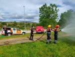 Los voluntarios de Protección Civil de Valdemorillo se preparan ante el inicio de la campaña de verano y actualizan su formación para el manejo de autobombas contra incendios