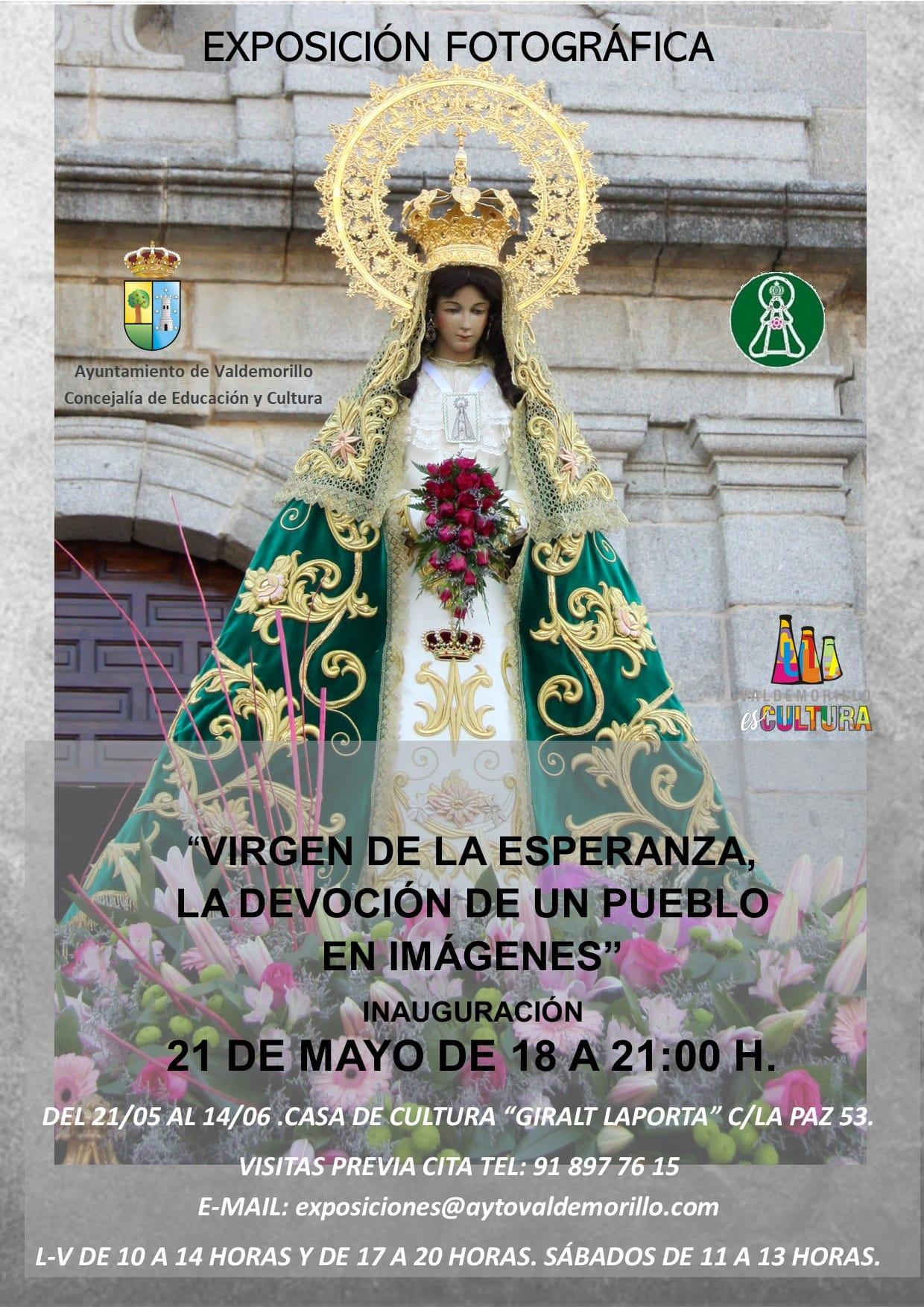 Más de un siglo de devoción por la Virgen de la Esperanza en imágenes