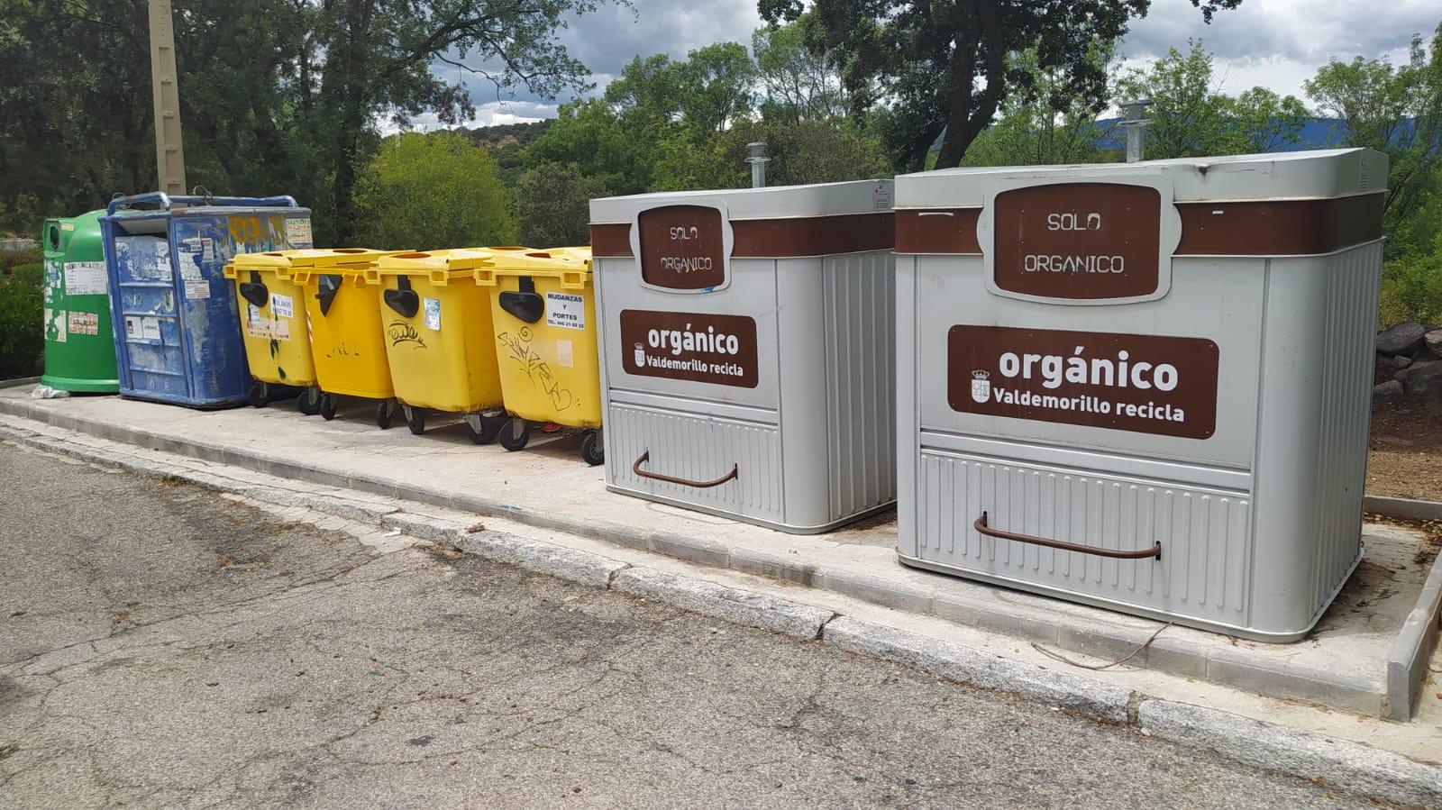 Los nuevos concejales de Atención al Ciudadano y Limpieza y Servicios arrancan su gestión  haciendo efectiva la retirada urgente de las grandes acumulaciones de restos de poda, enseres y demás residuos existentes en las urbanizaciones  y el acondicionamiento de todos los puntos limpios