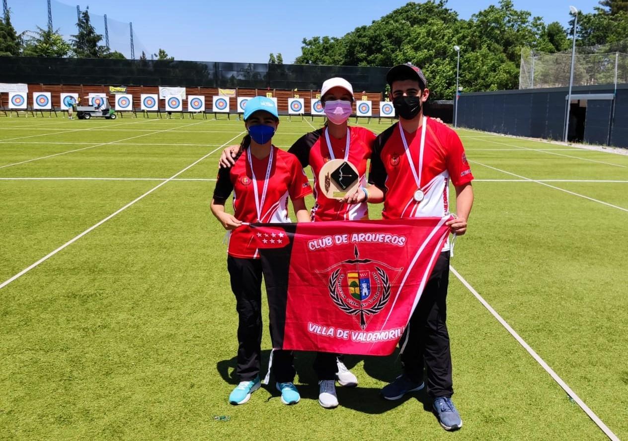 Los Arqueros Villa de Valdemorillo  vuelven a dejar bien alto el pabellón local haciéndose con el bronce en el Campeonato de Clubes de Madrid