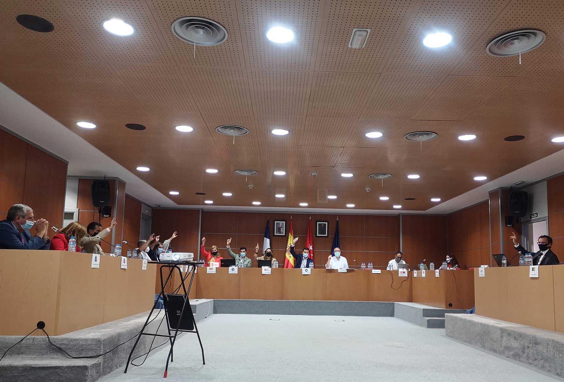 El Pleno acuerda el inicio de la tramitación administrativa  para la cesión temporal de uso  a la Comunidad de Madrid del inmueble municipal  que desde este curso dota a Valdemorillo de su primer  Centro de Formación Profesional